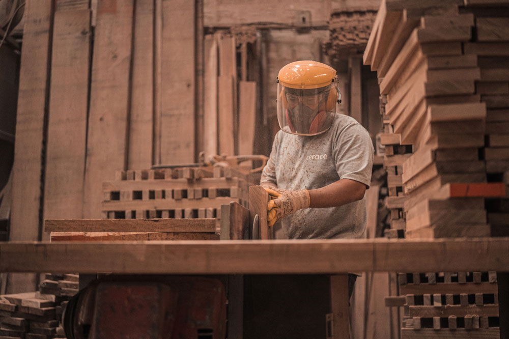 wood element Gnisios | CONSTRUCTION